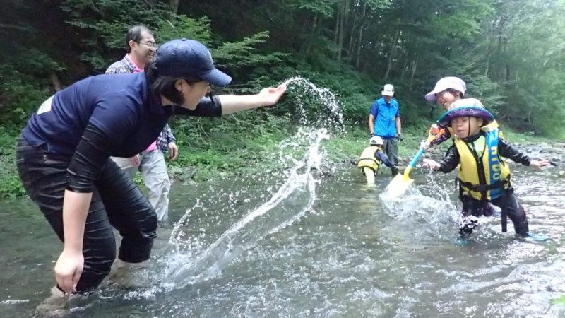親子で源流の川で遊ぼう!