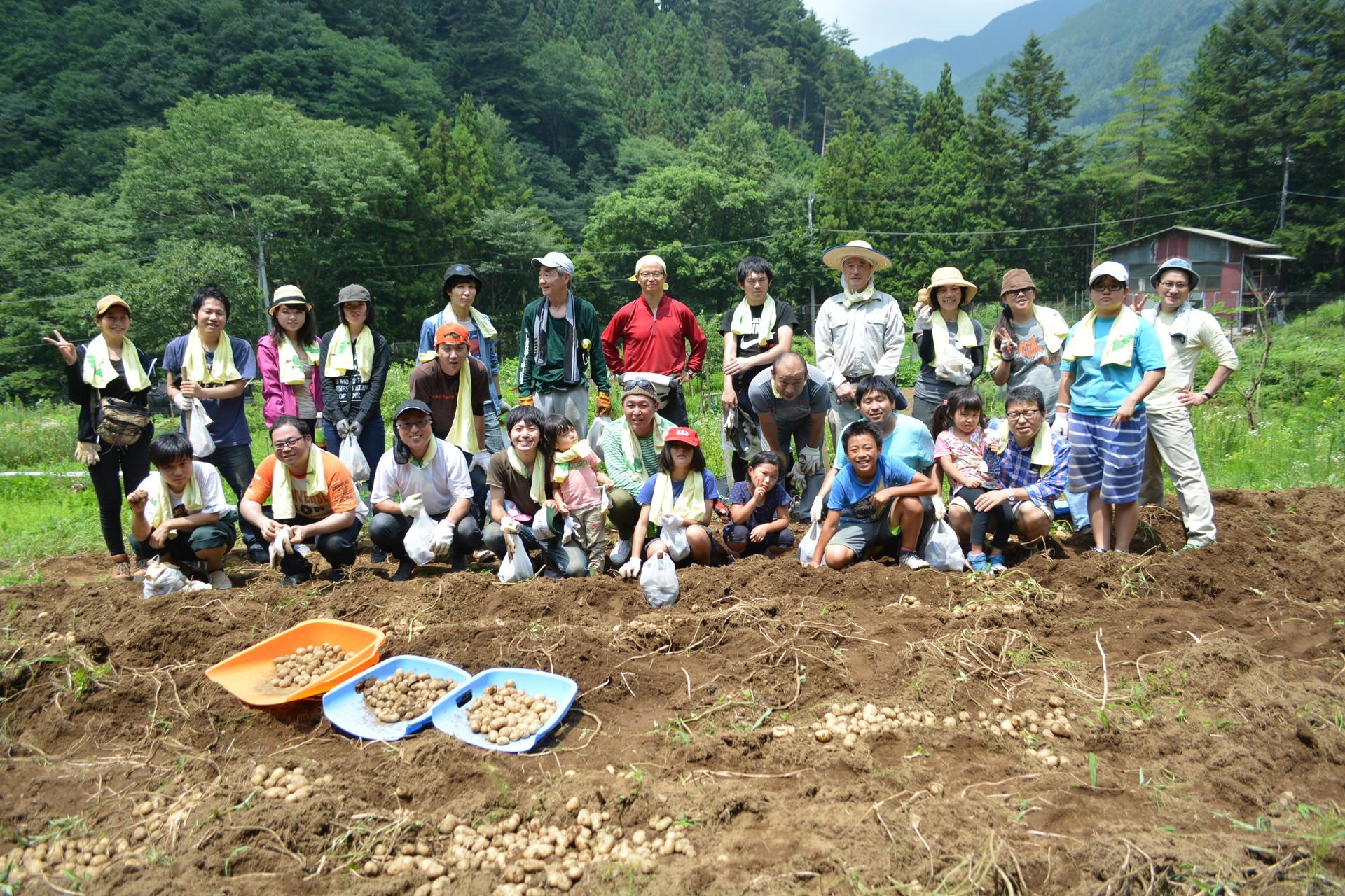 企業向けプログラム!親子で農作業と川遊び!