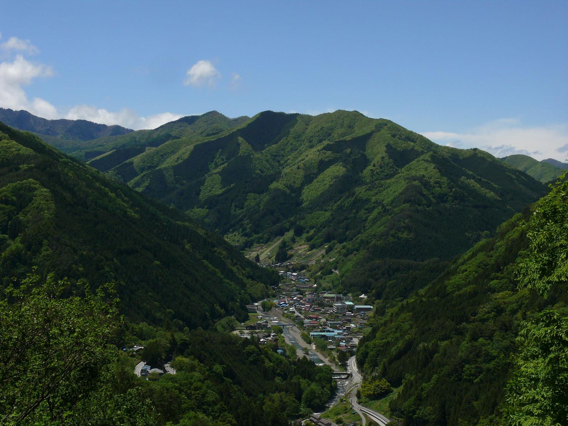 小菅村全景
