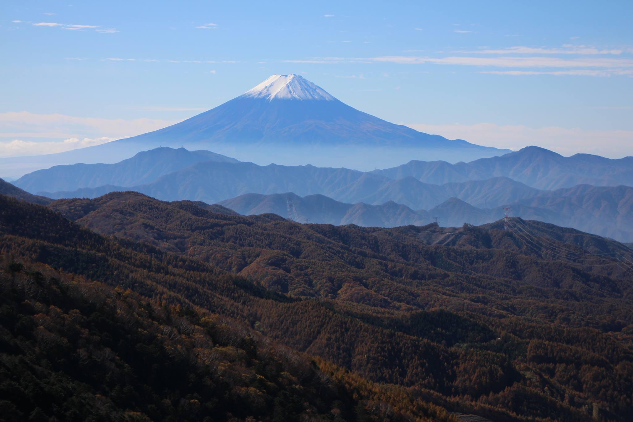 大菩薩峠から富士山を眺めて